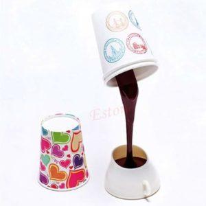 Auslaufender Kaffeebecher-Lampe