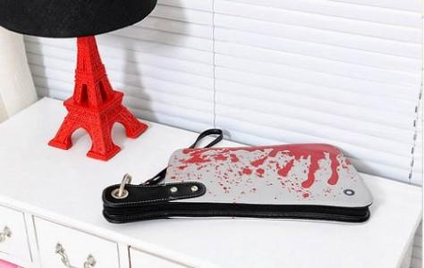 Handtasche blutiges Fleischerbeil Clutch