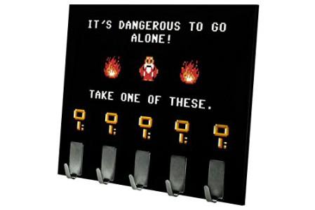 """""""Dangerous to go alone"""" Schlüsselbrett"""