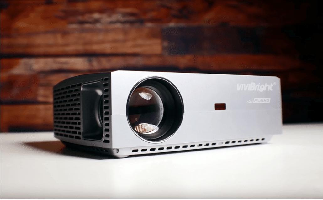 2020 02 27 13 31 34 VIVIBRIGHT F40 Full HD Beamer Native 1080P Projektor  Amazon.de  Computer Zub