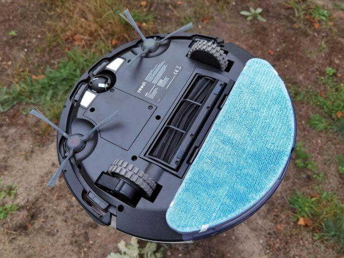 Yeedi K650 Saugroboter Unterseite mit Wischaufsatz