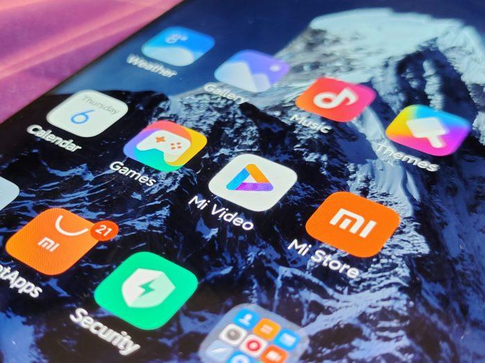 Xiaomi Mi 11 Ultra top Display