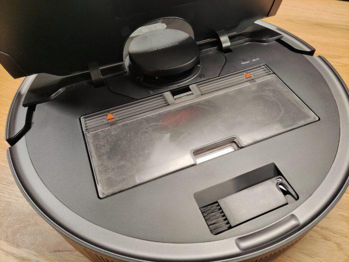Dreame L10 Pro Staubbehälter im Gerät