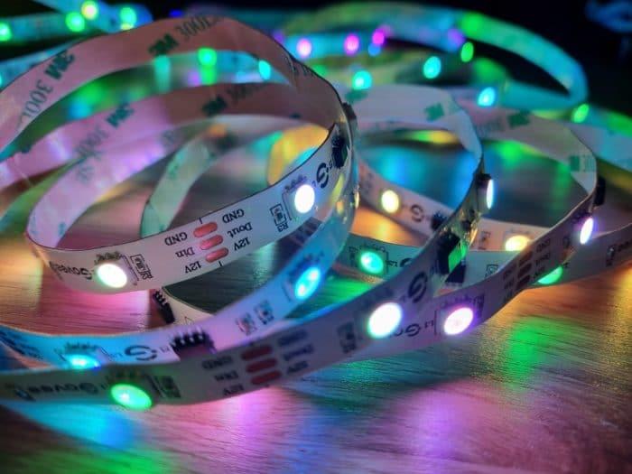 Govee RGBIC LED Streifen 15 Farbsegmente