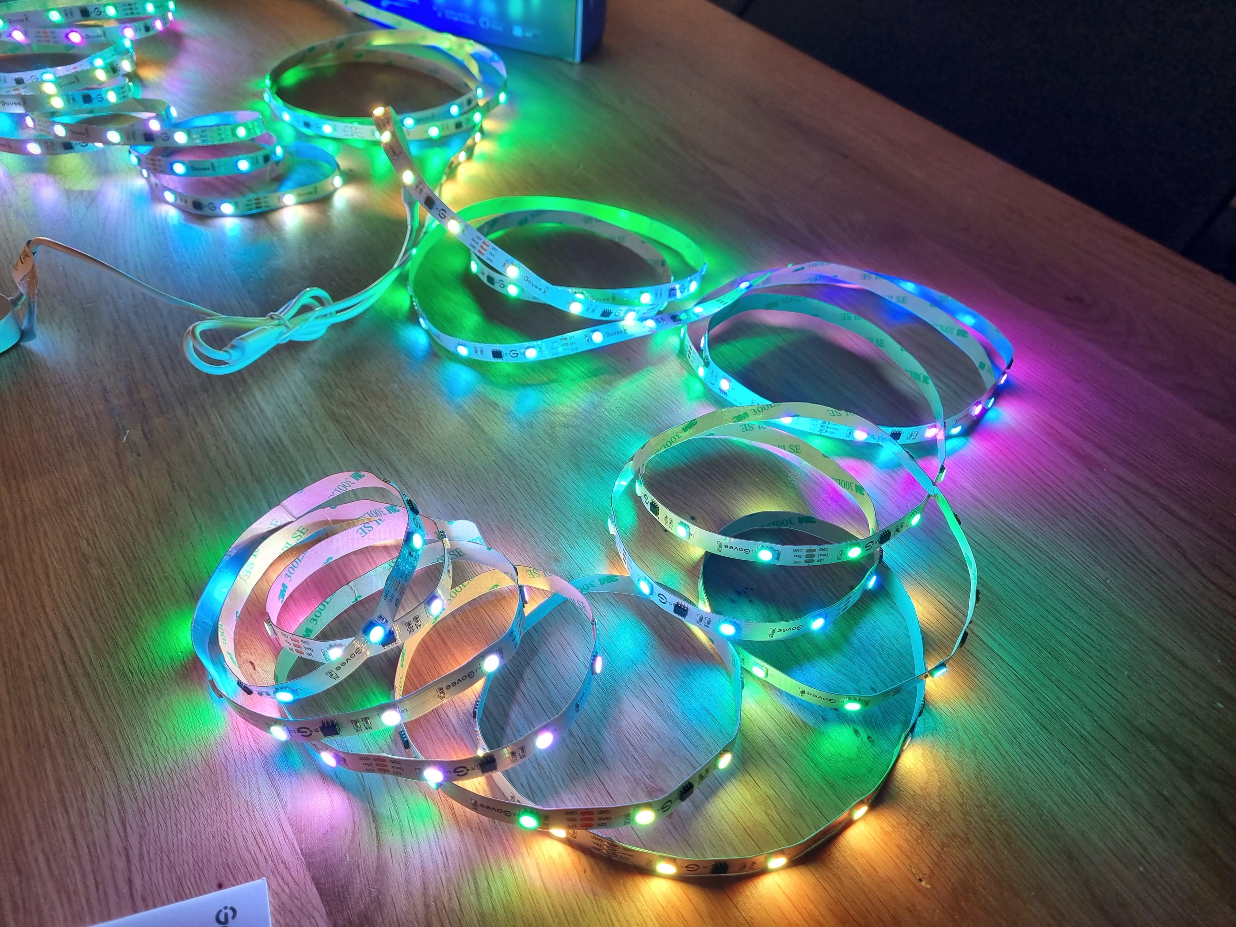 Govee RGBIC LED Streifen Farbwahl 15 Segmente