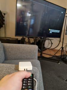Switchbot Hub mini Fernbedienung im Einsatz
