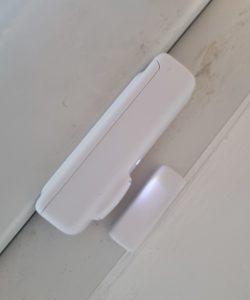 Switchbot Contact Sensor angebracht