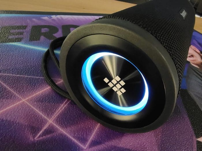 Tronsmart T6 Pro die RGB Beleuchtung in Action