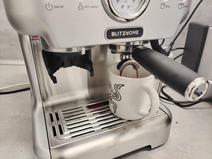 BlitzHome® BH-CMM5 in Action beim brühen